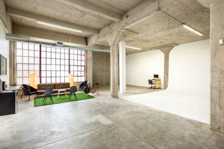 8 Creative Ways to Earn Money From Your Studio | Peerspace