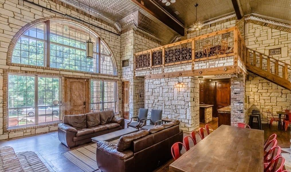 Secluded Luxury Retreat cedar hill dallas texas rental