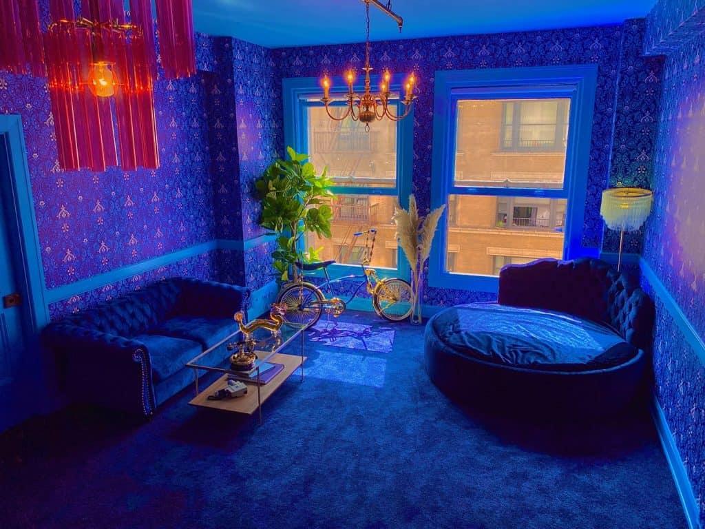 Downtown 70's Blue RETRO room los angeles rental