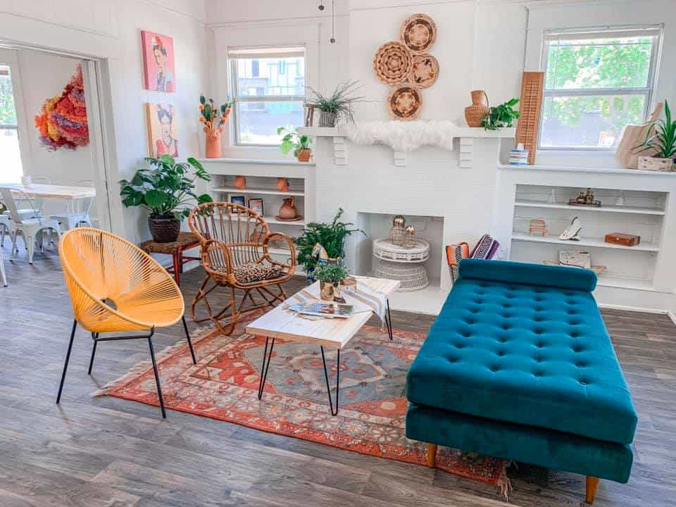 Little Bishop Arts Lifestyle Studio dallas rental