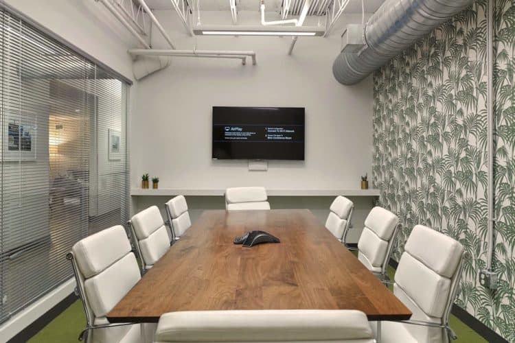 How Much Does it Cost to Rent a Hotel Meeting Room? | Peerspace