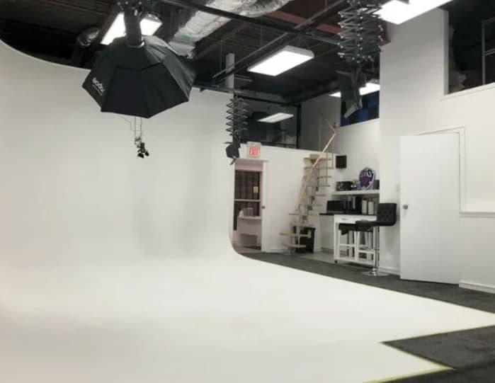 Photo Video Studio with Ground Level Bay Door toronto rental