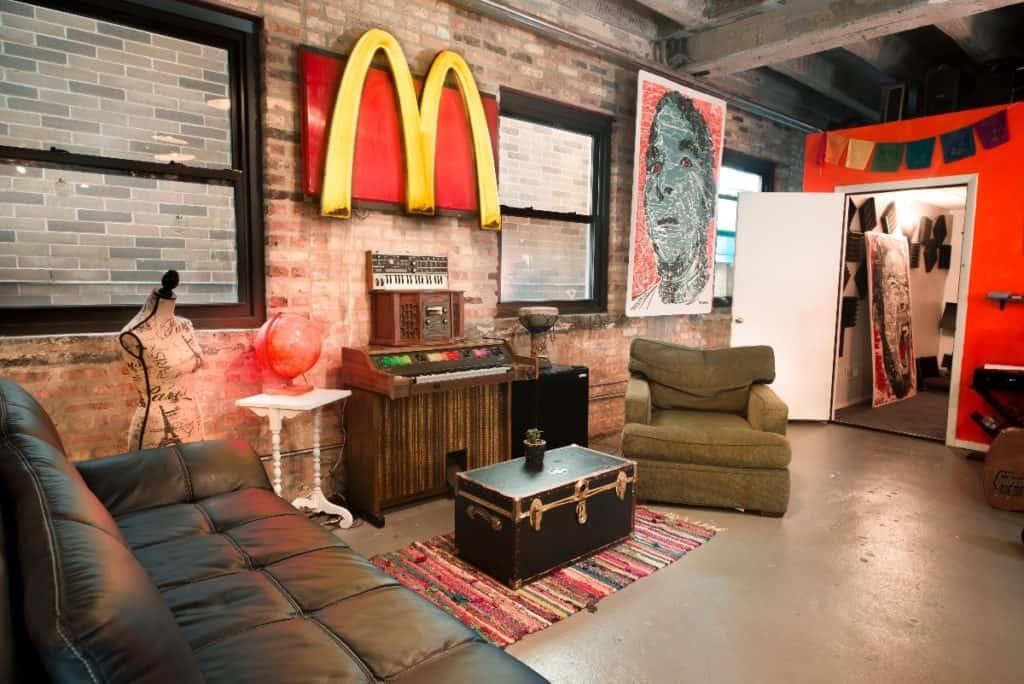 Ravenswood Loft with Green Screen Brick Recording Studio chicago rental
