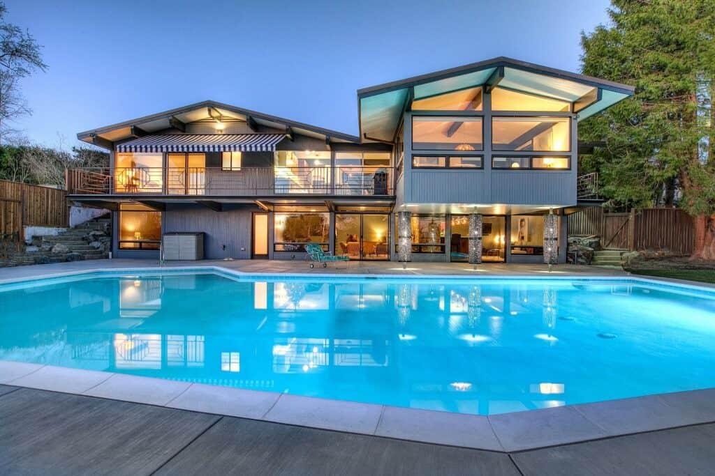 Seattle Mid Century Modern rental
