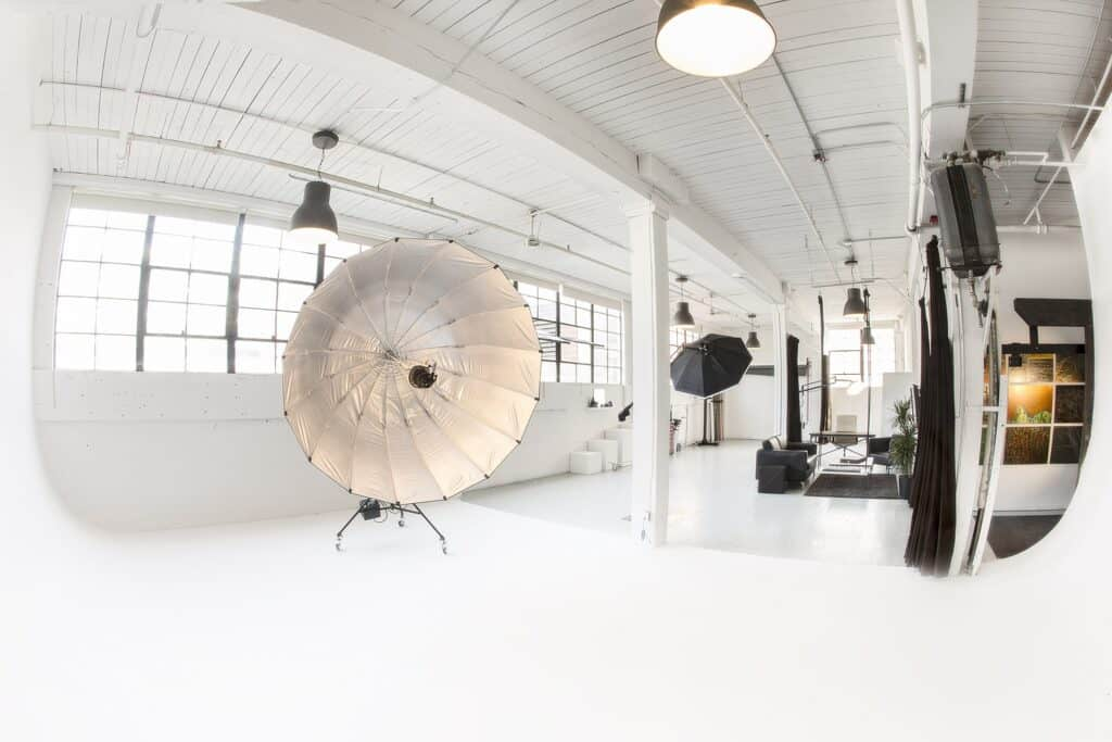 Spacious Fully Equipped Daylight Photo Studio located in Sodo seattle rental
