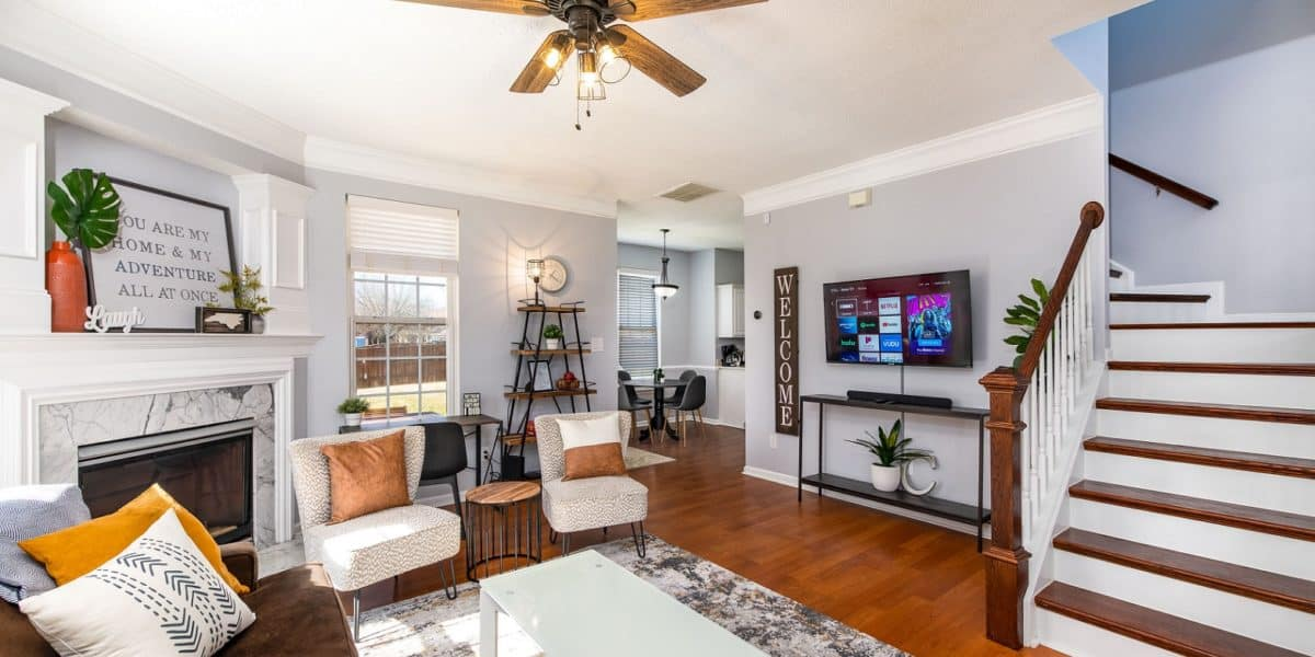 Trendy Bright Roomy House with Large Backyard charlotte rental