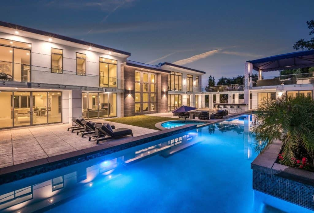 Ultra Modern Huge Mansion with Pool and Tennis encino la los angeles rental