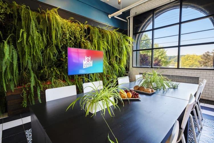 11 Fun Team Building Ideas in Pittsburgh | Peerspace