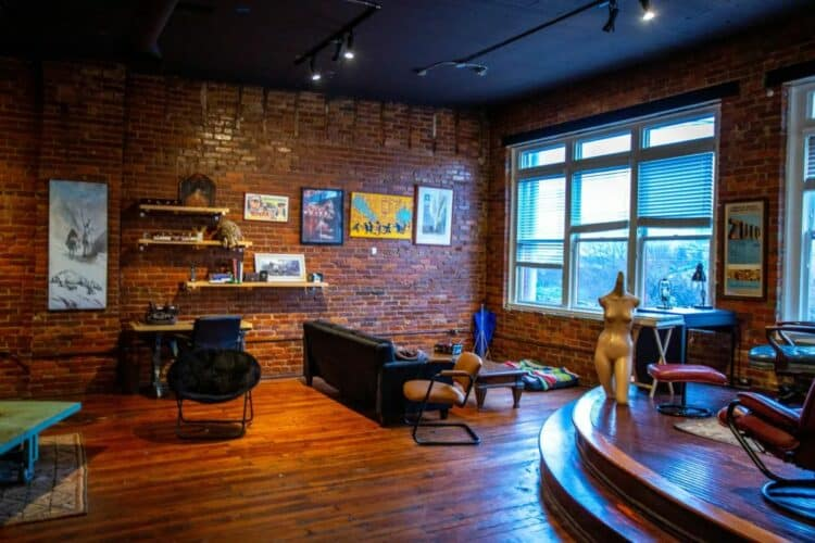 11 Fabulous Studio Photoshoot Ideas in Atlanta | Peerspace