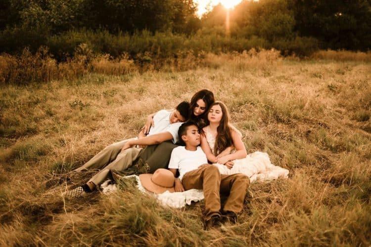The 9 Best Family Photographers in Bakersfield, CA | Peerspace