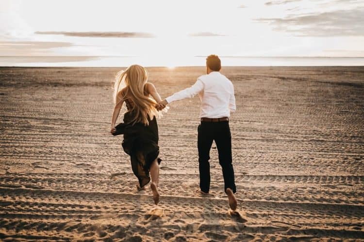 The 9 Best Engagement Photographers in Buffalo | Peerspace