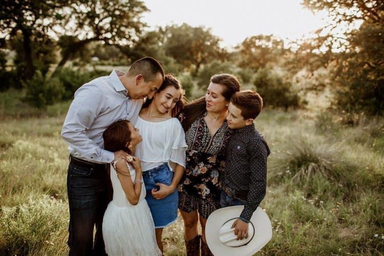 The 11 Best Family Photographers in San Antonio | Peerspace