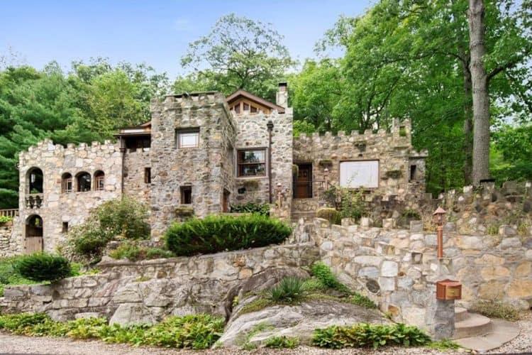 9 Castles You Can Actually Rent on Peerspace   Peerspace