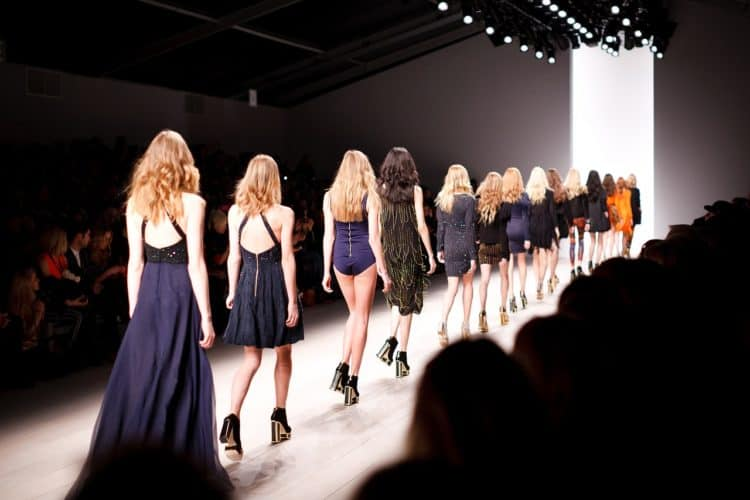 Everything You Should Put on Your Fashion Show Checklist | Peerspace