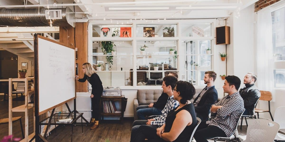 Check Out These 11 Creative Workshop Ideas | Peerspace