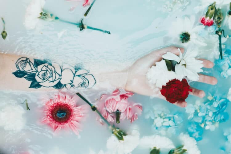 Milk Bath Photography: What To Know & How To Nail It | Peerspace