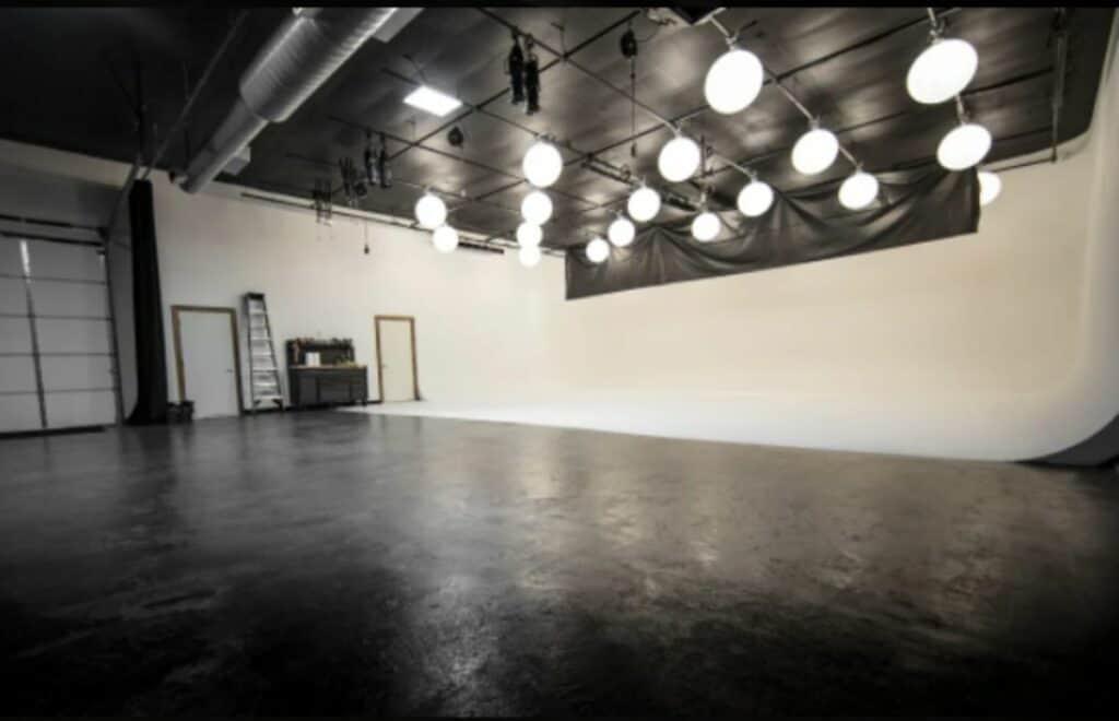 sleek and spacious studio in houston