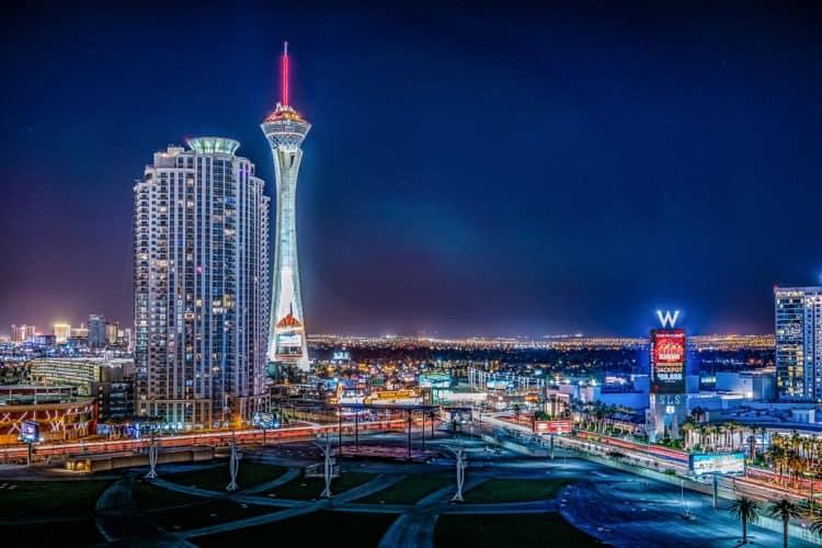 11 Fun Team Building Ideas in Las Vegas | Peerspace
