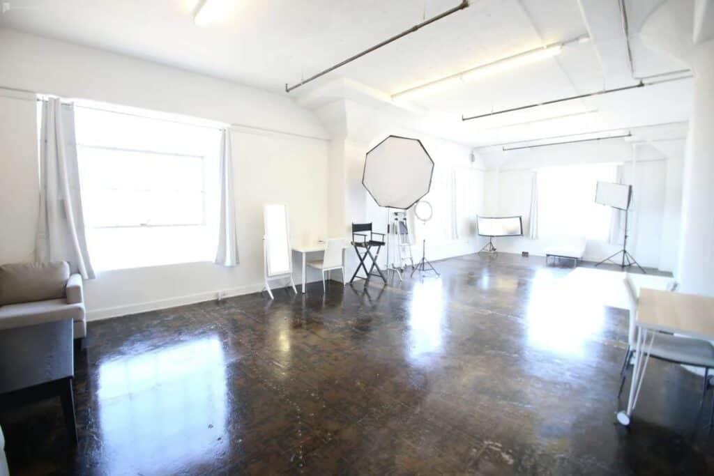 gorgeous natural light studio in LA