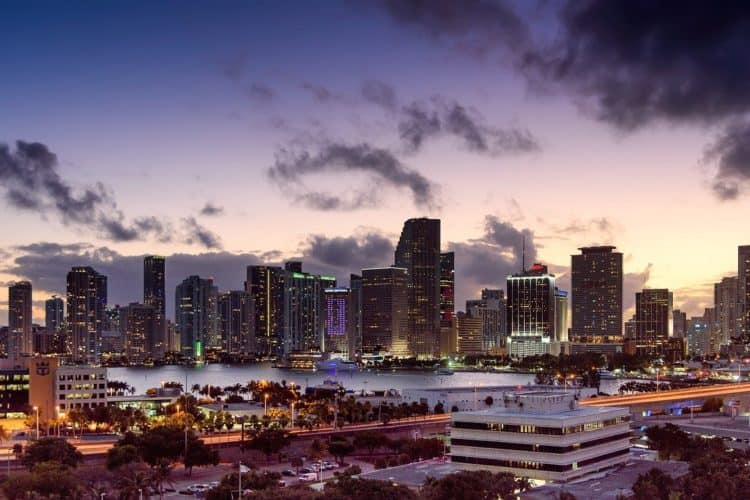 The 6 Best Corporate Video Production Companies in Miami | Peerspace