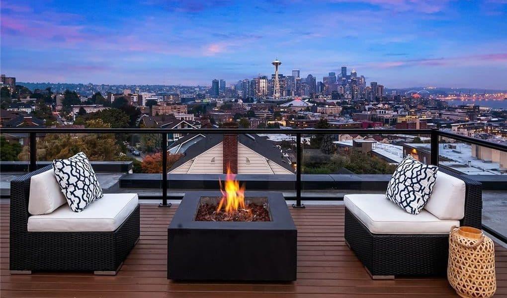 modern seattle house with amazin rooftop seattle rental