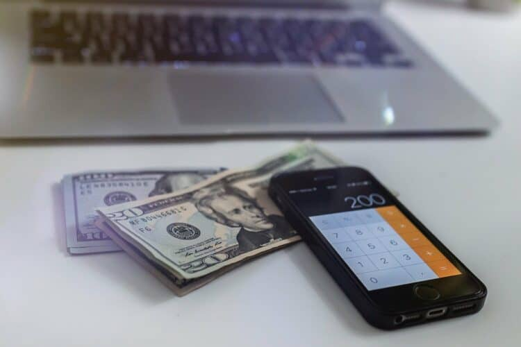 Here's How to Supplement Your Income: 9 Great Tips | Peerspace