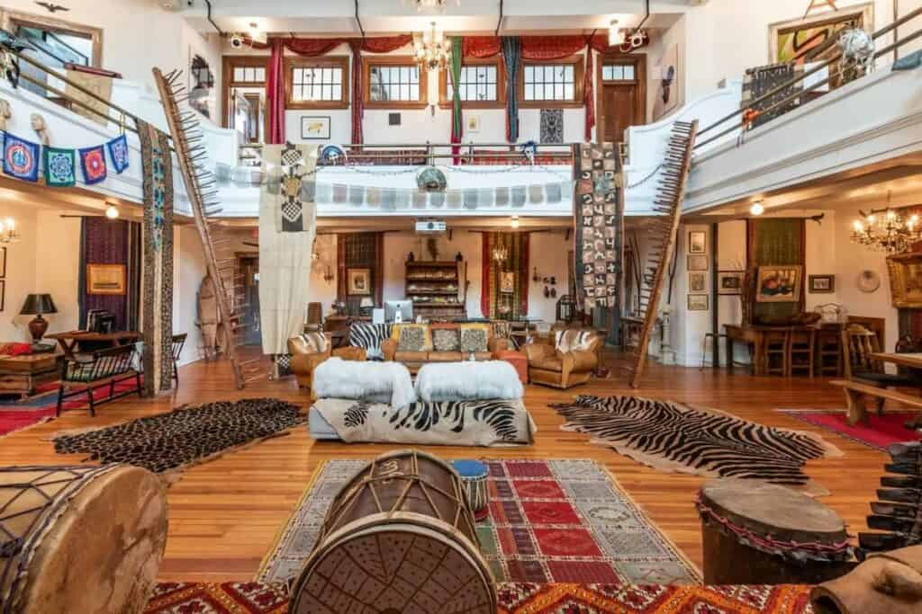 multicultural artistic loft in hamilton heights