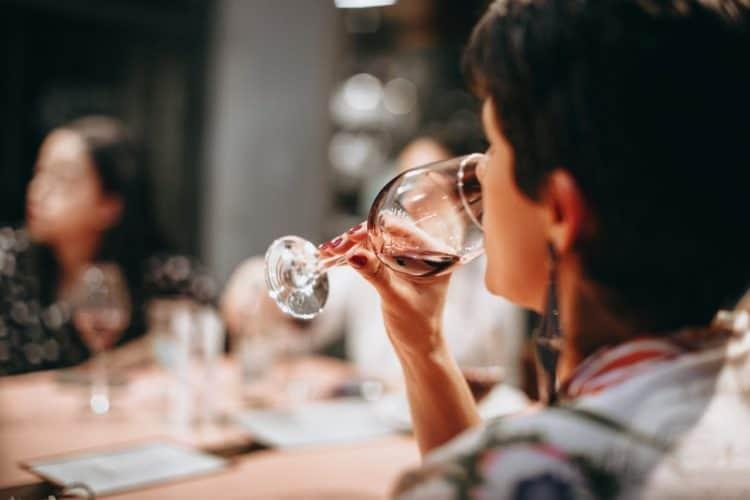 11 Chic Wine Tasting Party Ideas | Peerspace