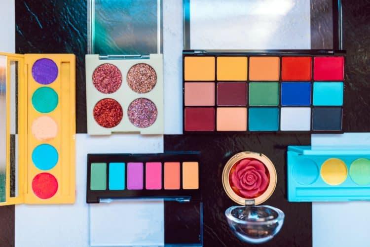 12 Creative Video Ideas for Beauty Gurus   Peerspace