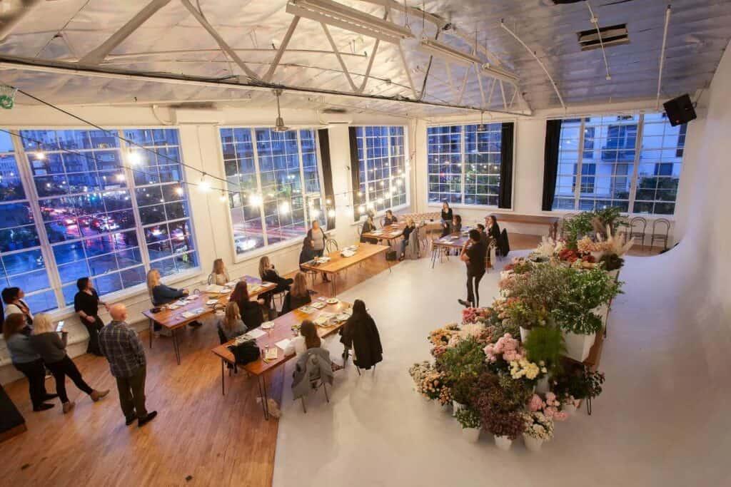 elegant spacious studio 710
