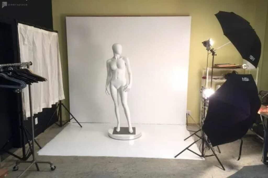 pro studio with mannequins