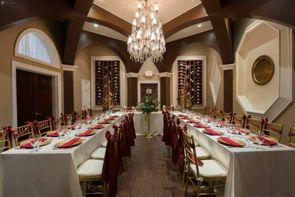 an elegant wine bar in houston