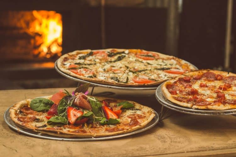 8 Awesome Pizza Party Ideas | Peerspace