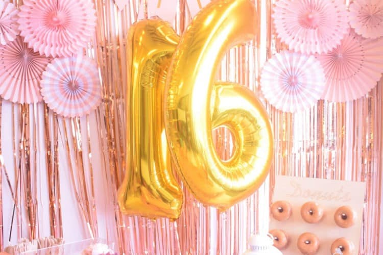 Here's Exactly How to Plan a Sweet 16 Party | Peerspace