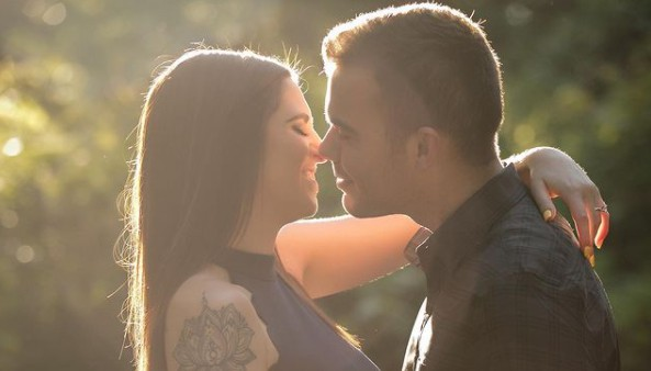 top tallahassee engagement photographers lead image