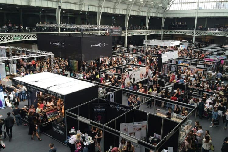 What is a Trade Show? | Peerspace