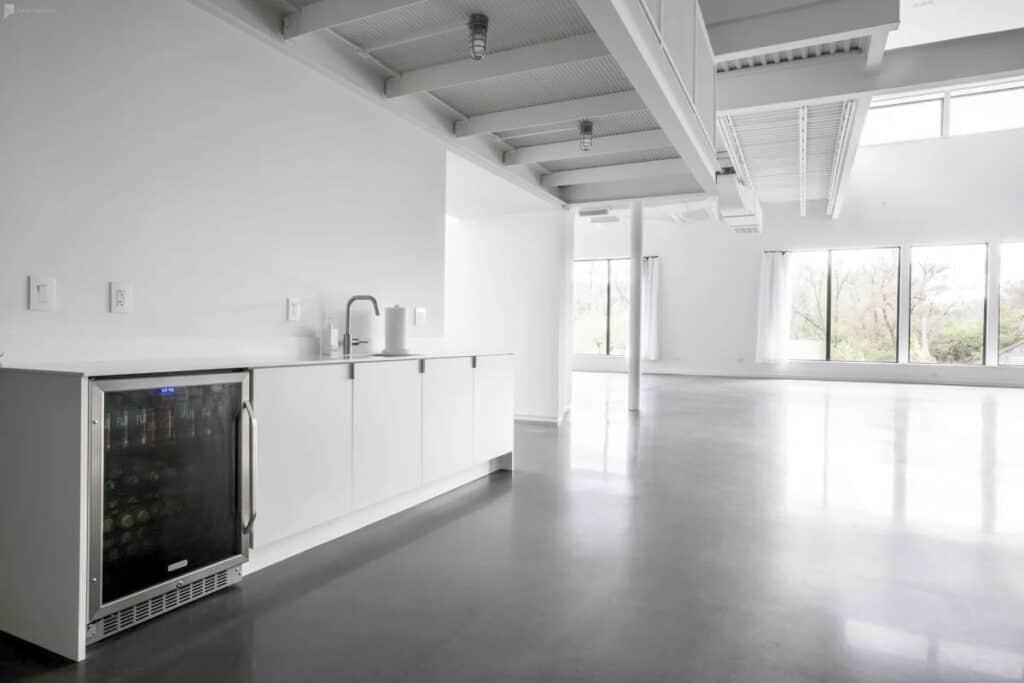 spacious creative studios